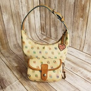 Dooney and Bourke handbag sig. print w/Wristlet